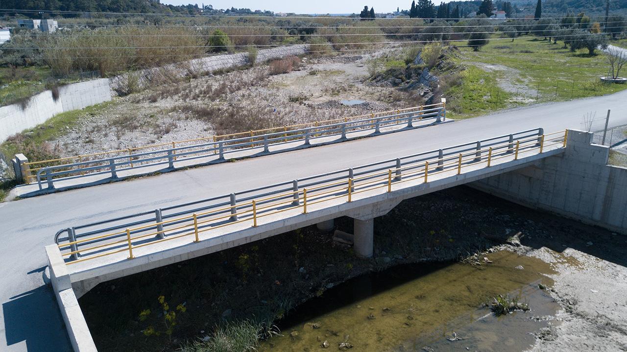Γέφυρα στο Χείμαρρο Φονιά